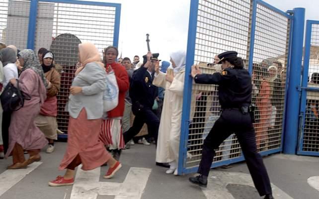 """حزب """"فوكس"""" المعادي للمغاربة يدعو إلى إقامة جدار على الحدود بين مليلية والناظور ومنع الناظوريين من دخول الثغر المحتل"""