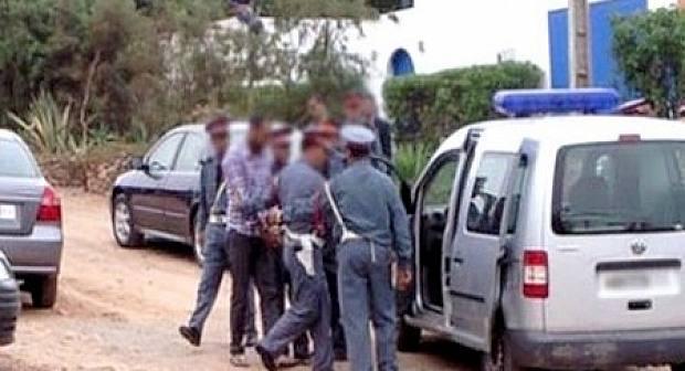 أمن بن الطيب يعتقل شابا مبحوثا عنه بتهم الضرب والجرح و التشهير بصور الفتيات عبر مواقع التواصل الاجتماعي