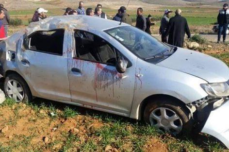 مصرع شخص و إصابة اربعة من بينهم نساء فى انقلاب سيارة بجماعة امهاجر