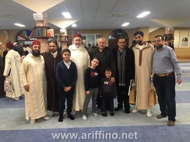 بالصـور…تكريم الشيخ الطاهر التجكاني في عرس بهيج بمسجد الفتح ببروكسيل