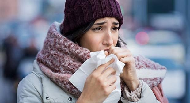 هام…طريقة التمييز بين أعراض نزلة البرد العادية وإنفلونزا الخنازير؟
